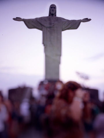 In Corcovado, Photography by Claudio Edinger